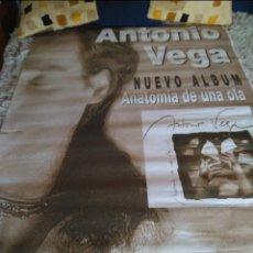 Entradas de Conciertos: GRAN POSTER ANTONIO VEGA. PROMOCION LP ANATOMIA DE UNA OLA. Lote 297086423