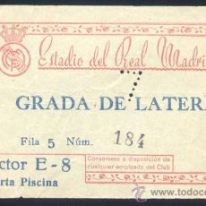 Coleccionismo deportivo: AÑOS 50. ENTRADA GRADA LATERAL AL ESTADIO SANTIAGO BERNABEU. Lote 15691102