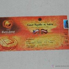 Coleccionismo deportivo: ENTRADA EUROCOPA PORTUGAL EURO 2004 - REPUBLICA CHECA - DINAMARCA , SEÑALES DE USO. Lote 41711426