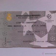 Coleccionismo deportivo: ENTRADA DE FUTBOL REAL MADRID COMPETICIÓN EUROPEA R MADRID AJAX. Lote 49757201