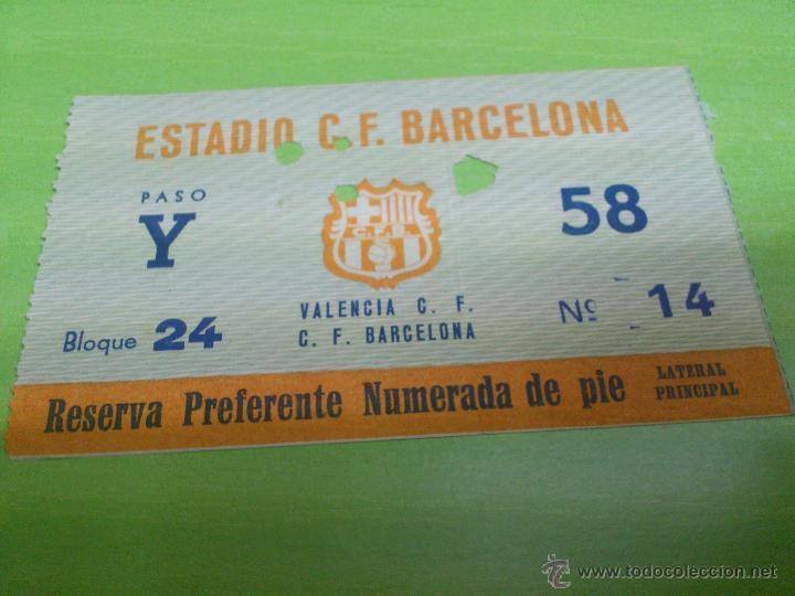 ENTRADA F.C. BARCELONA - VALENCIA (PRINCIPIOS AÑOS 60) SEGURAMENTE 1961 Ó 1962 (Coleccionismo Deportivo - Documentos de Deportes - Entradas de Fútbol)