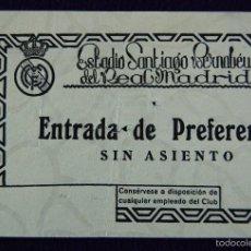 Coleccionismo deportivo: ANTIGUA ENTRADA DE FUTBOL DEL REAL MADRID. ESTADIO SANTIAGO BERNABEU. AÑOS 50.. Lote 56959614