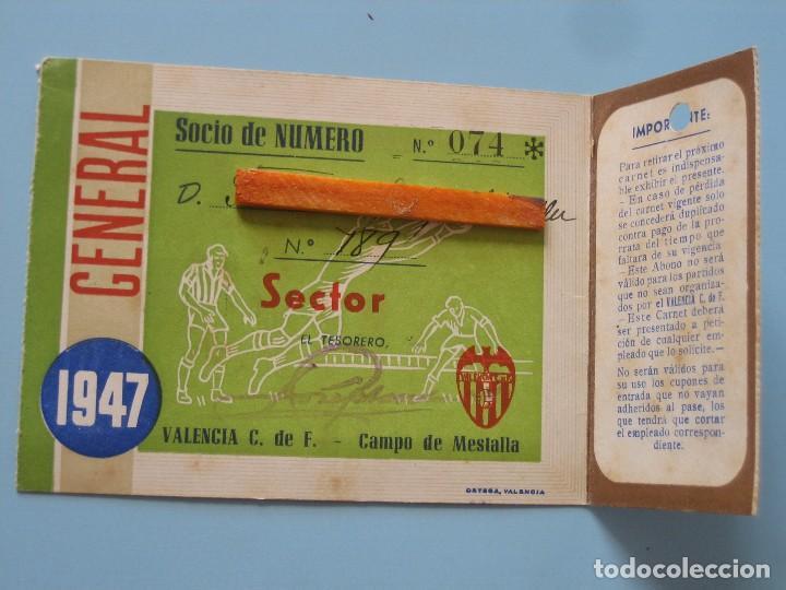 Coleccionismo deportivo: Entrada campo Mestalla 1947 Pase Valencia C.F. - Foto 2 - 89526528