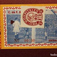 Coleccionismo deportivo: ENTRADA DEL C.F. BARCELONA, ENTRADA GENERAL, CON VIÑETA PRO-HOSPITALES, LIGA 1948-1949. Lote 103375007