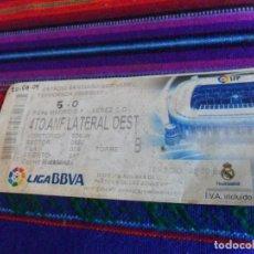 Coleccionismo deportivo: ENTRADA REAL MADRID C.F. - XEREZ C.D. TEMPORADA 2009 2010 ESTADIO SANTIAGO BERNABÉU. 20-9-09. RARA.. Lote 108431867