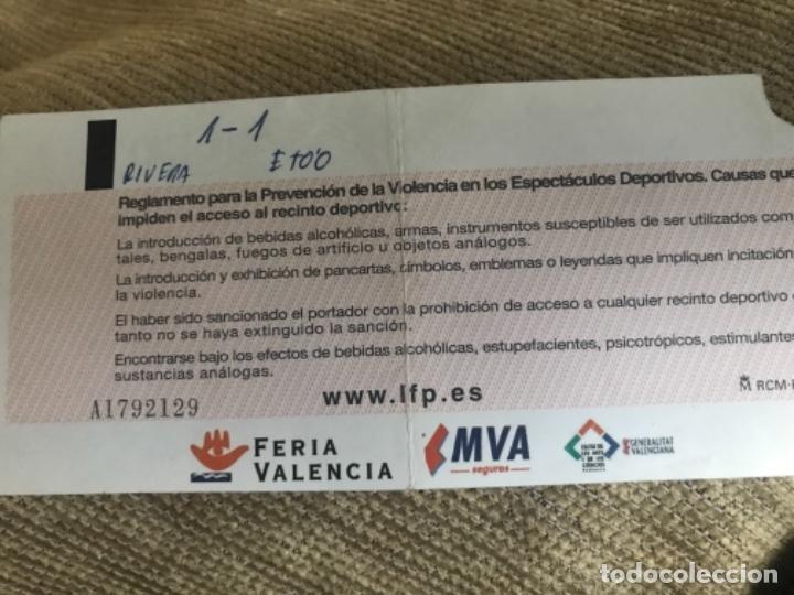 Coleccionismo deportivo: ENTRADA LIGA PROFESIONAL FUTBOL FC BARCELONA LEVANTE - Foto 2 - 142320930