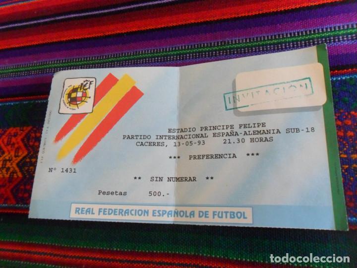 ENTRADA SELECCIÓN ESPAÑA ALEMANIA SUB 18. ESTADIO PRÍNCIPE FELIPE DE CÁCERES. 13-5-1993. BUEN ESTADO (Coleccionismo Deportivo - Documentos de Deportes - Entradas de Fútbol)
