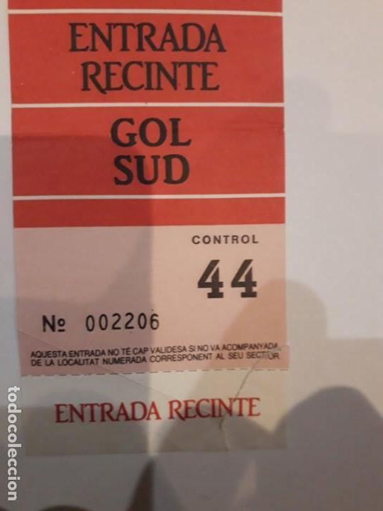 Coleccionismo deportivo: ENTRADAS A RECINTO( 2 )CONSECUTIVAS.ESTADIO NOU CAMP. - Foto 4 - 147539478