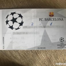 Coleccionismo deportivo: ENTRADA FUTBOL UEFA CHAMPION LEAGUE VALENCIA FC BARCELONA. Lote 155815182
