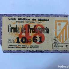 Coleccionismo deportivo: ENTRADA DE FUTBOL, CLUB ATLETICO DE MADRD, ESTADIO METROPOITANO, 1961. Lote 177411360