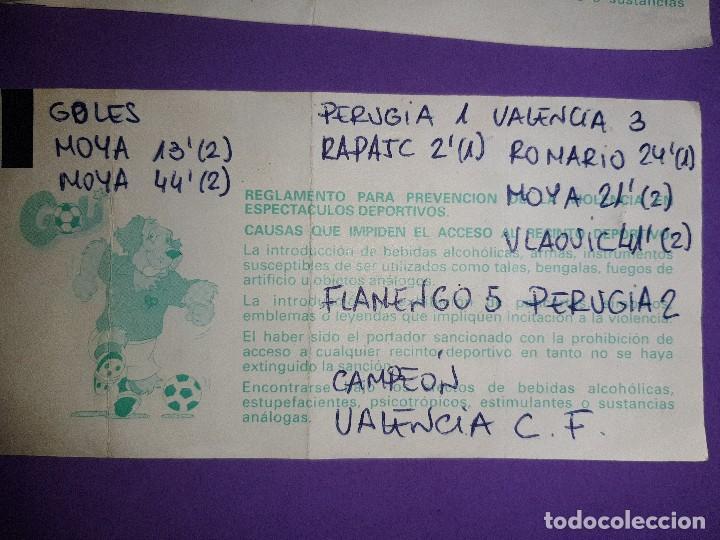 Coleccionismo deportivo: LOTE 4 ENTRADAS DATOS ESCRITOS A MANO, VALENCIA 3 AT. MADRID 5 VALENCIA 3 BAYER 0 PSV KARPIN VIOLA - Foto 6 - 195329777