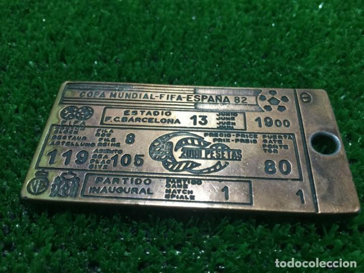 Coleccionismo deportivo: world cup Spain 1982 medal ticket entrada Final - Foto 2 - 195812910