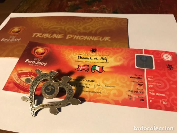 ENTRADA TRIBUNA DE HONOR EURO 2004 PORTUGAL. DENMARK VS ITALY. CON ACREDITACIÓN. SIN USAR (Coleccionismo Deportivo - Documentos de Deportes - Entradas de Fútbol)
