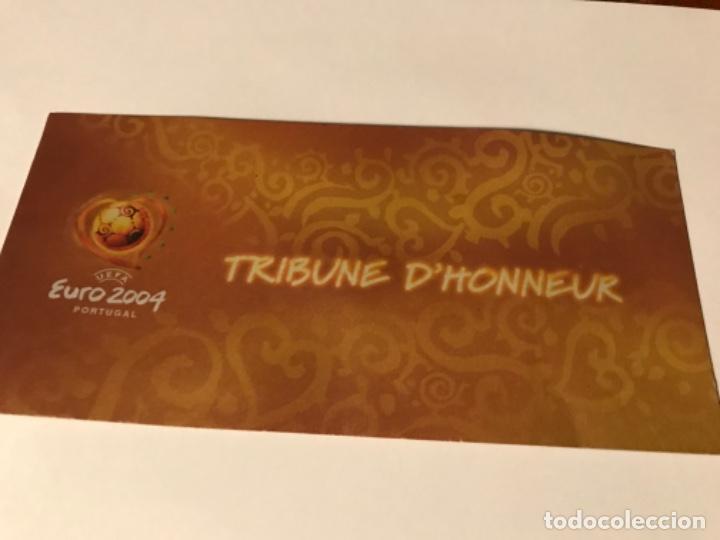 Coleccionismo deportivo: Entrada Tribuna de Honor Euro 2004 Portugal. Croatia vs France. Con acreditación. Sin usar - Foto 2 - 197864972