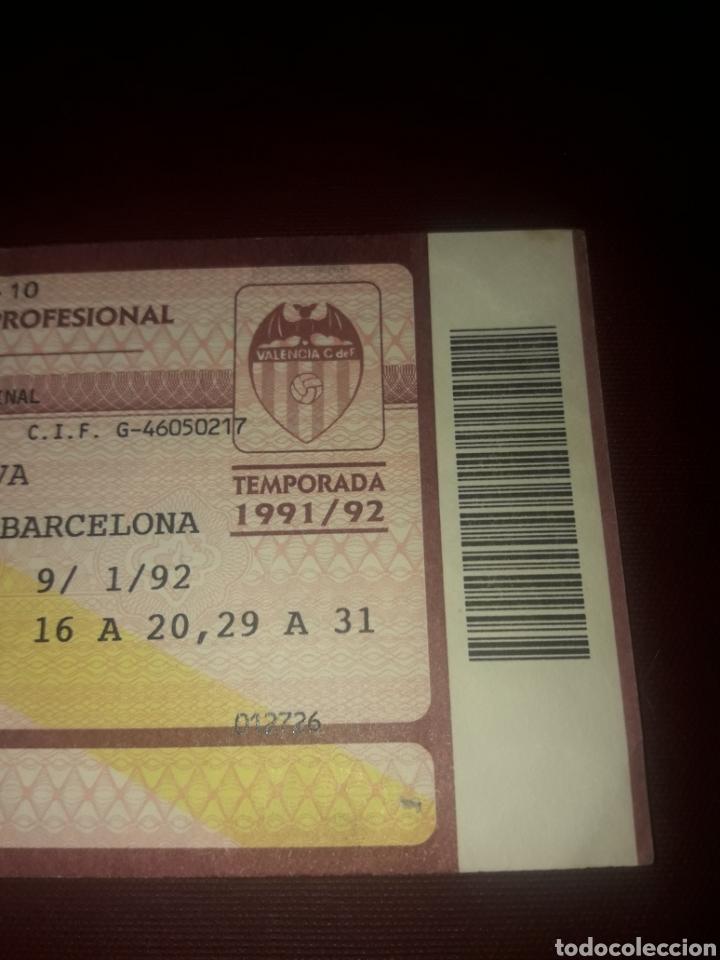 Coleccionismo deportivo: Entrada Futbol Valencia Cf- Fc Barcelona 9/01/92 (8 de final Copa del Rey) - Foto 3 - 210940494