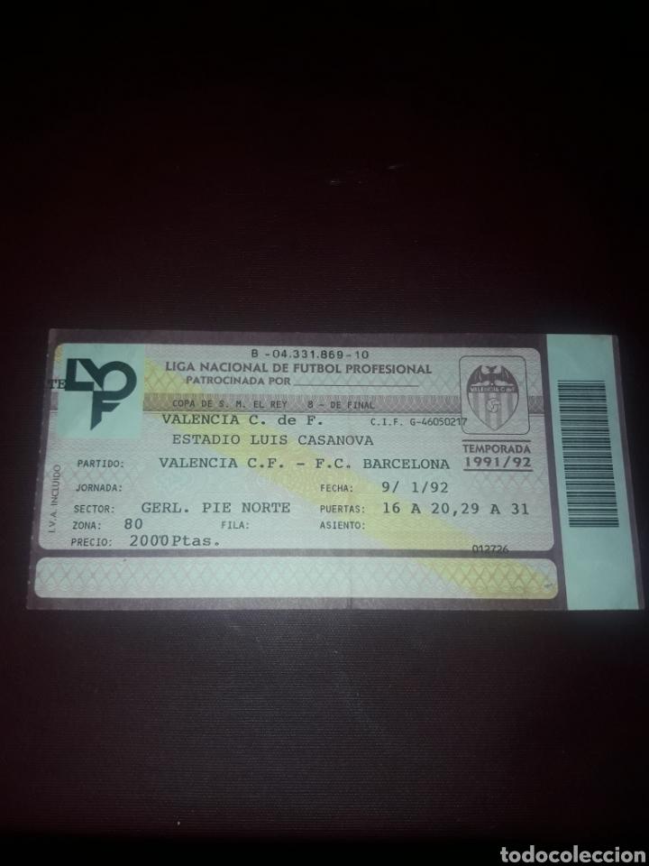 ENTRADA FUTBOL VALENCIA CF- FC BARCELONA 9/01/92 (8 DE FINAL COPA DEL REY) (Coleccionismo Deportivo - Documentos de Deportes - Entradas de Fútbol)
