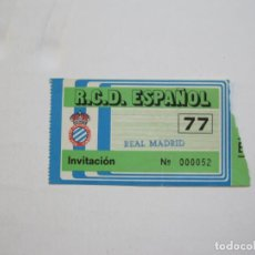 Coleccionismo deportivo: RCD ESPAÑOL-R.C.D. ESPANYOL VS REAL MADRID-ENTRADA INVITACION FUTBOL-VER FOTOS-(76.109). Lote 228049500