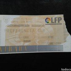 Coleccionismo deportivo: ENTRADA FÚTBOL ATHLETIC CLUB COMPOSTELA 97/98. Lote 263224770