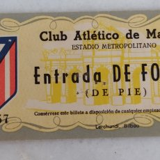 Colecionismo desportivo: ENTRADA DE FUTBOL CLUB ATLETICO DE MADRID METROPOLITANO AÑO 1956. Lote 277477263