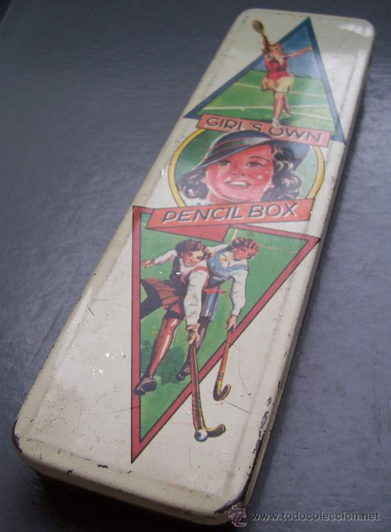Escribanía: caja metalica inglesa de lapices con tema de tenis y hockey (5x18,5cm aprox) - Foto 2 - 21389799