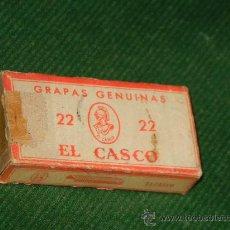 Escribanía: ANTIGUA CAJA GRAPAS GENUINAS EL CASCO N.22. Lote 30037593