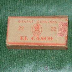 Escribanía: ANTIGUA CAJA GRAPAS GENUINAS EL CASCO N.22. Lote 30037640