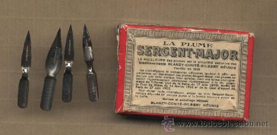 Escribanía: Cajita La plume Sergent-major. 4 plumillas usadas. - Foto 2 - 32187023