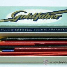 Escribanía: CAJA LÁPICES GOLDFABER AW FABER CASTELL GERMANY CON VARIOS LÁPICES USADOS. Lote 32566554