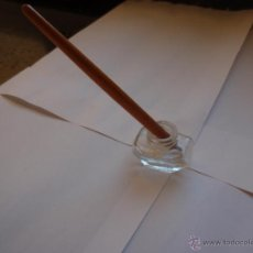 Escribanía - PequeñoTintero de cristal y mango para plumilla - 40446192