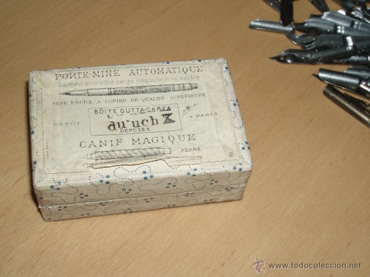 Escribanía: Caja de Cartón marca BLANZY POURE & Cie contiene plumillas - Foto 3 - 48780066