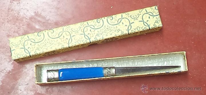 Escribanía: Abrecartas antiguo,precioso,buen estado,en caja original,es el de las fotos - Foto 2 - 51351665