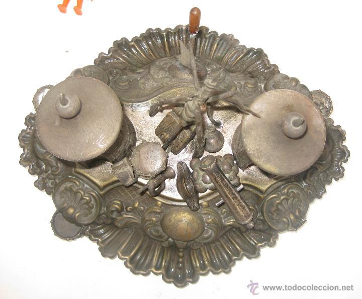 Escribanía: DE MUSEO! ESCRIBANIA FRANCESA CIRCA 1820 NAPOLEON PARIS MILITAR CON TIMBRE CREO QUE PLATA DORADA - Foto 3 - 52613149