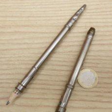 Escribanía - 2 ANTIGUAS FUNDAS METALICAS PARA LAPIZ - 54118602