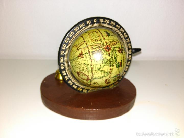 Escribanía: Porta bolígrafos de escritorio en forma de la bola del mundo - Foto 2 - 56255329