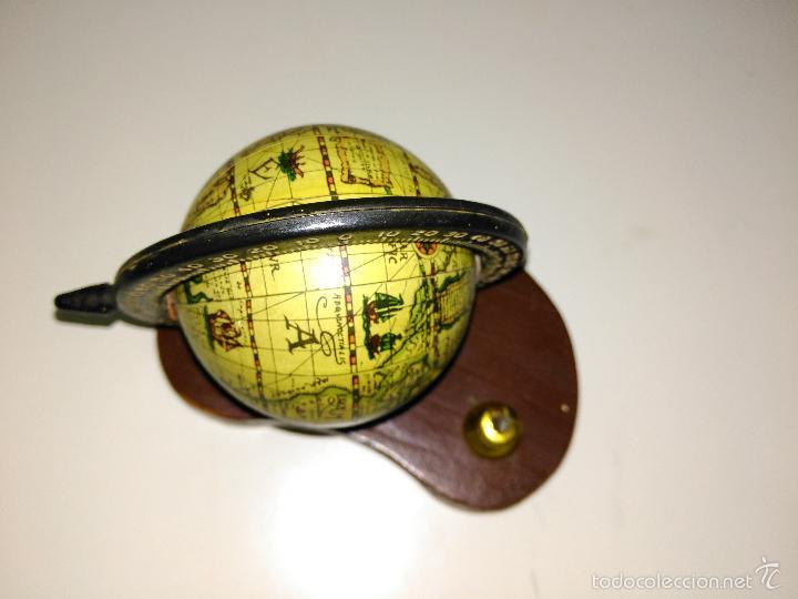 Escribanía: Porta bolígrafos de escritorio en forma de la bola del mundo - Foto 3 - 56255329
