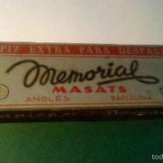 Escribanía: CAJA DE LÁPICES MEMORIAL MASATS 4302 - AZUL REDONDO CON 11 LÁPICES. Lote 57671164