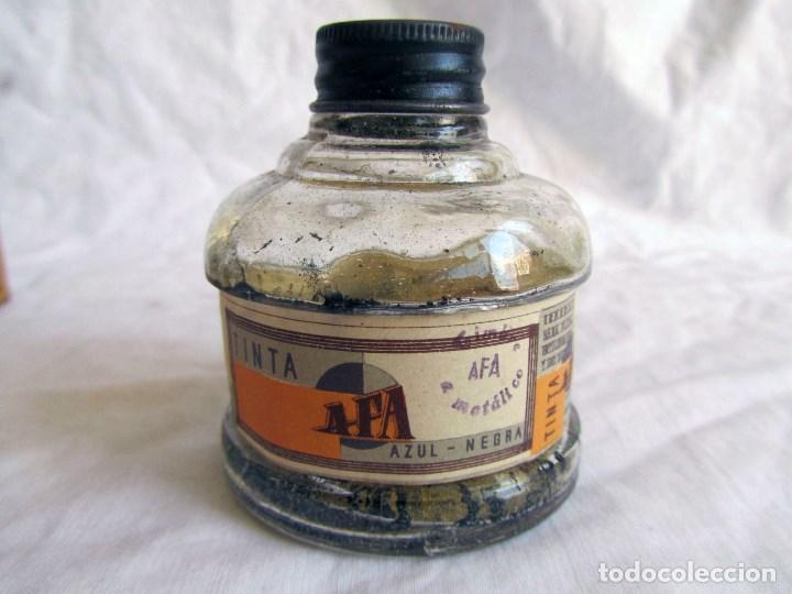 Escribanía: Frasco de vidrio de tinta azul-negra AFA vacio. Caja original - Foto 4 - 79155381