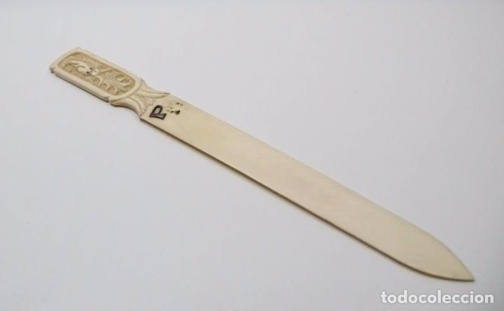 Usado, Antiguo abrecartas tallado en marfil -Finales S.XIX principios S.XX segunda mano