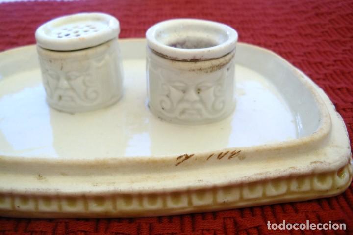 Escribanía: Tintero con su secante en porcelana. - Foto 2 - 97698399