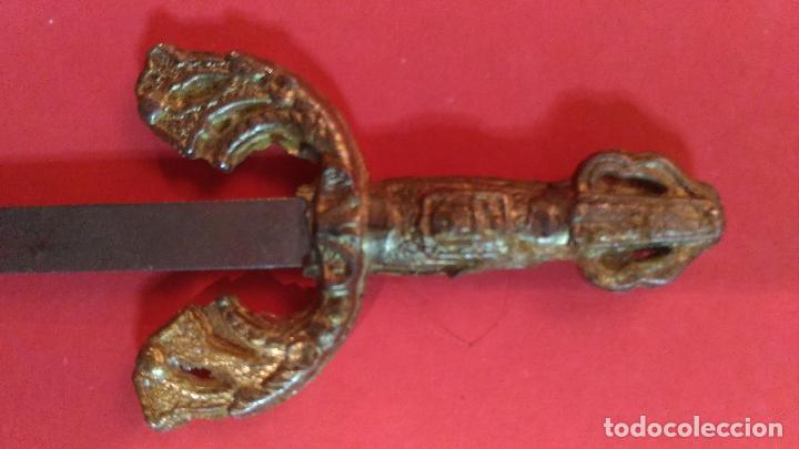 Escribanía: ESPADA EN MINIATURAS. Abrecartas. Abre cartas con forma de espada. 8,5 CM - Foto 4 - 101777483