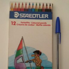 Escribanía: CAJA ANTIGUA DE 12 LÁPICES DE COLORES STAEDTLER. Lote 134137794