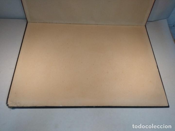 Escribanía: Precioso portafolio art nouveau en piel con escena pintada al oleo - Foto 20 - 134329858