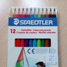 Escribanía: CAJA DE LÁPICES STAEDTLER 12 COLORES.. Lote 138554398
