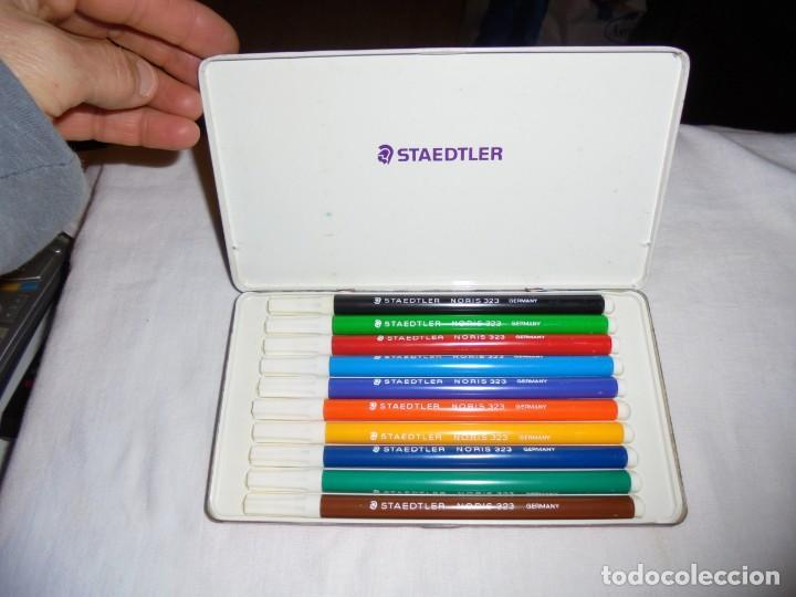 Escribanía: CAJA METALICA DE 10 ROTULADORES NORIS STAEDTLER - Foto 3 - 139209702