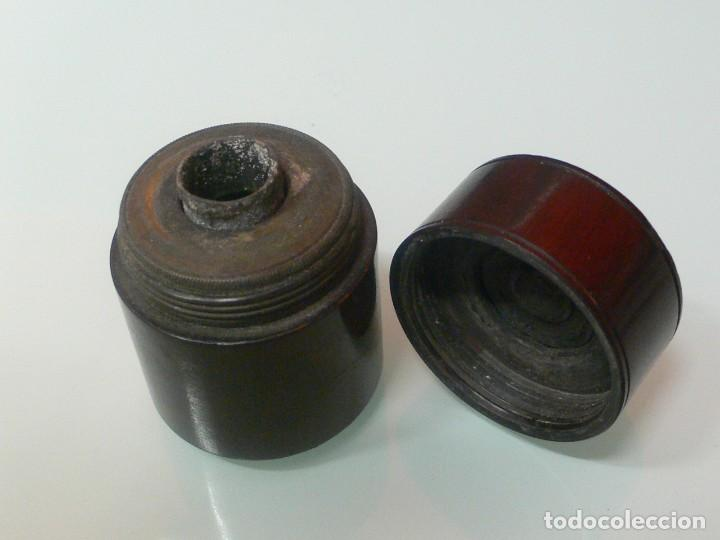 Escribanía: tintero de viaje de madera a rosca, años 30. - Foto 2 - 139628542