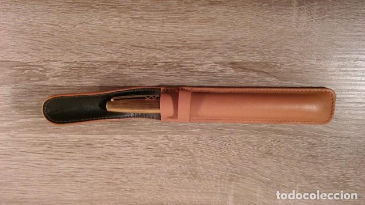 Escribanía: Funda de piel para pluma estilográfica o bolígrafo. - Foto 3 - 145487142