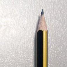 Escribanía: LÁPIZ STAEDTLER - TRIPLUS SLIM - K5 - HB - MINA DE GRAFITO - LÁPIZ TRIANGULAR. Lote 149469022