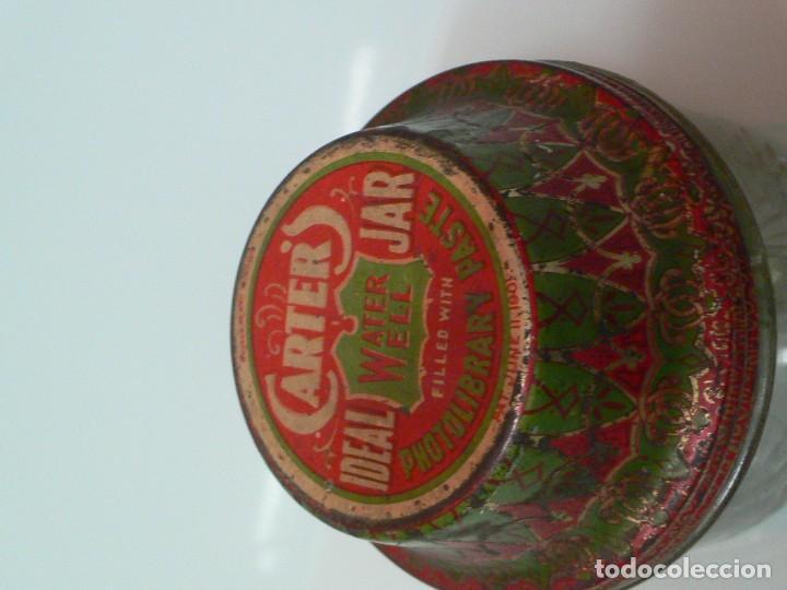 Escribanía: Tarro de cola Carters, Photolibrary paste jar, Pat, USA 1901 - Foto 2 - 150658498