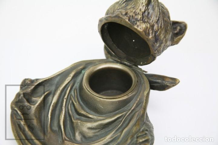 Escribanía: Antiguo Tintero de Bronce - Gato con Sevilleta al Cuello - Medidas 13,5 x 13,5 x 10 cm - #E01 - Foto 3 - 151929806