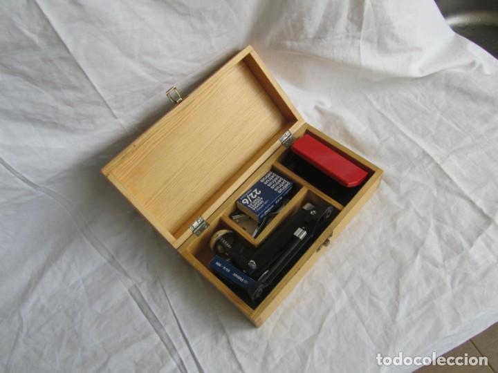 Escribanía: Juego de escritorio: grapadora+perforadora+quita grapas+grapas en estuche de madera - Foto 2 - 158956910